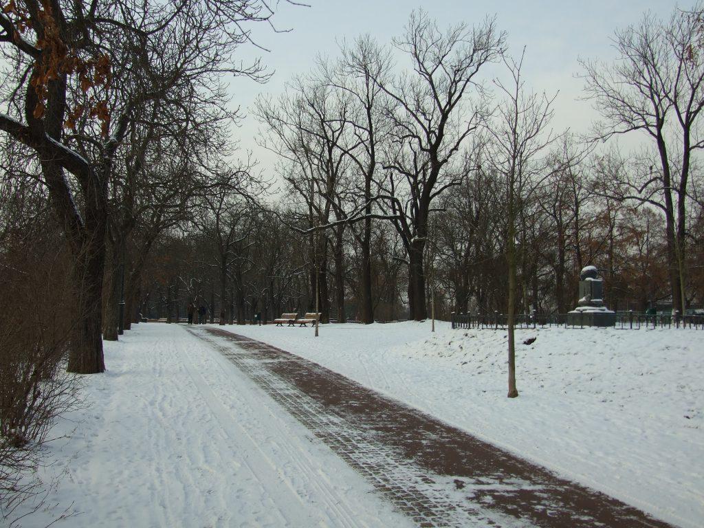 Praha,_Holešovice,_zimní_Letná